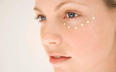 Novo tratamento para eliminar olheiras combina gordura e plasma do paciente